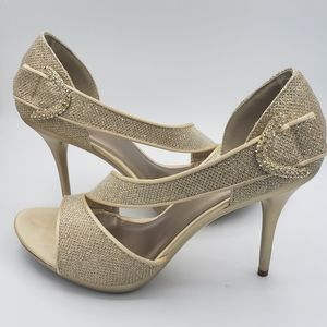 Le Chateau,  Gold, Size 9, 4 inch heels 👠